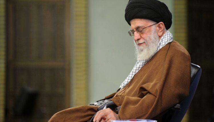 ابراز تشکر رهبر انقلاب اسلامی از پیامهای تسلیت …