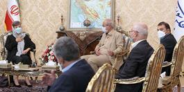 ایرانیان به همزیستی مسالمتآمیز اقوام و ادیان مختلف در کنار هم افتخار میکنند