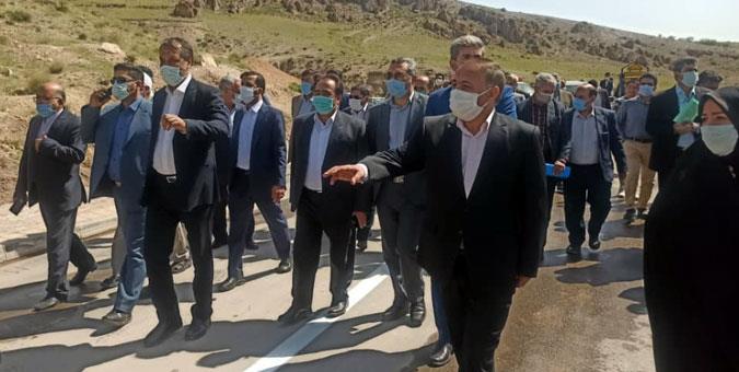 نظارت میدانی کمیسیون عمران بر پروژههای عمرانی شهرستانهای قوچان و فاروج