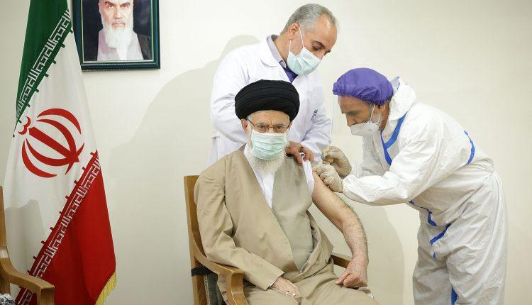 دریافت دُز اول واکسن کوو ایران برکت