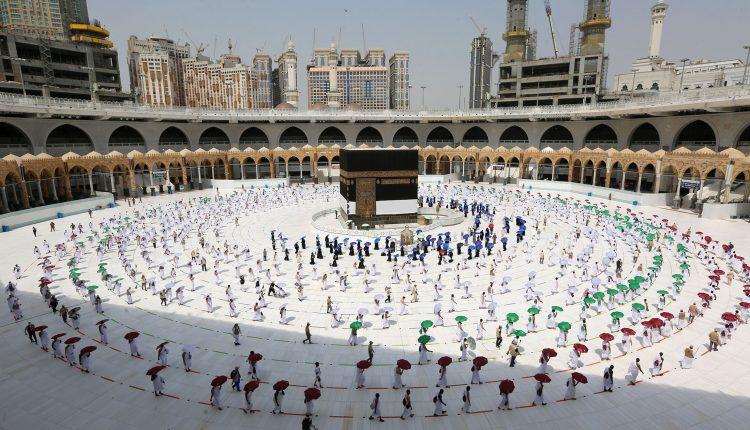 پیام به مسلمانان جهان بهمناسبت ایام حج